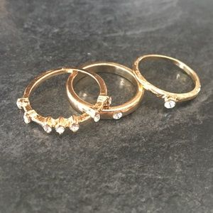 ⭐️2/20$⭐️ set of 3 gold-coloured rings